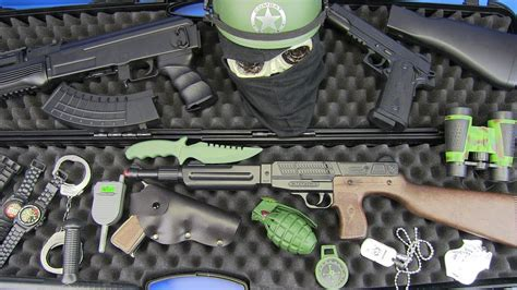 Toys Guns for Kids ! Box Of Toys with Realistic Police