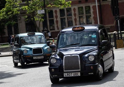 London Cabbie Sells Bitcoin to Passengers - CoinWire