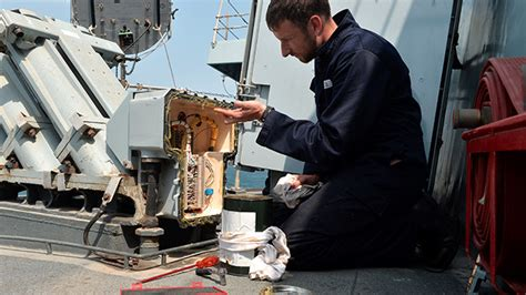 Accelerated Apprenticeship Weapon Engineering   Royal Navy