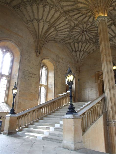 Great Hall (Hogwarts) Staircase   The 16th century