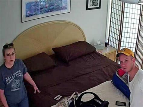 Couple finds hidden camera in bedroom of Airbnb home - New