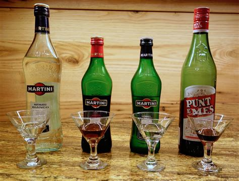 Top 10 Vermouth Drinks | Only Foods