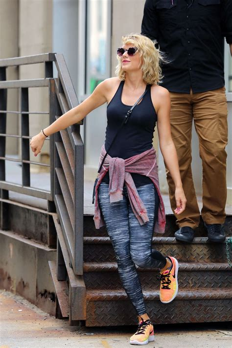 Taylor Swift in Leggings - Leaving a Gym in NY 9/6/2016