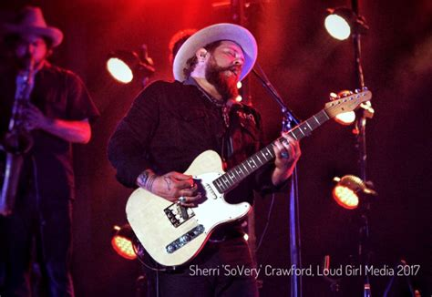 Review: Nathaniel Rateliff & The Night Sweats wow