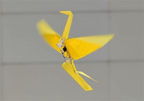 Harvard's origami-inspired folding robot can run without