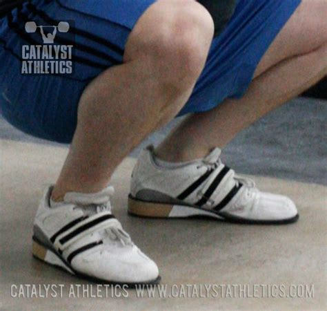 Proper Foot Position in the Squat by Greg Everett